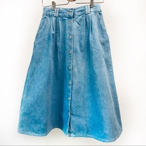 Vintage denim mom jean skirt 💙